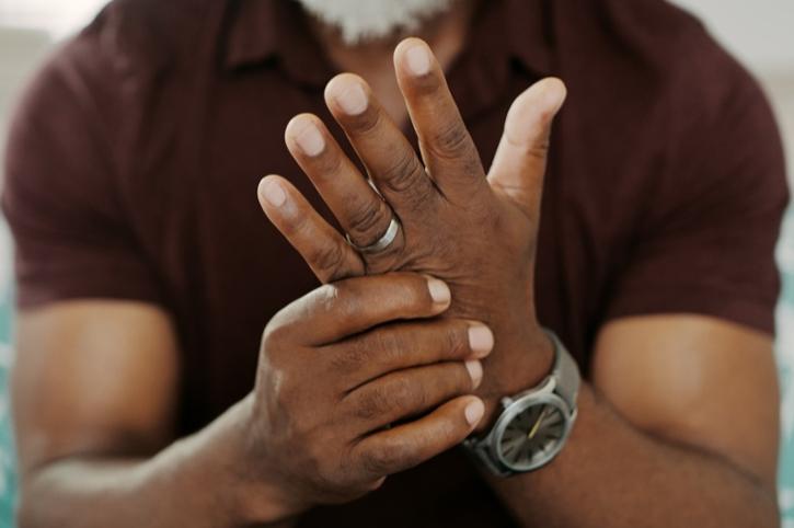 Understanding Osteoarthritis vs. Rheumatoid Arthritis and their Symptoms