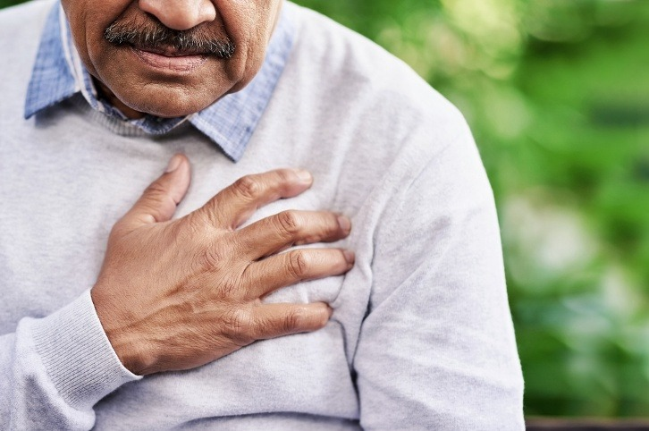 Panic Attack vs. Heart Attack: How to Spot the Signs and Symptoms