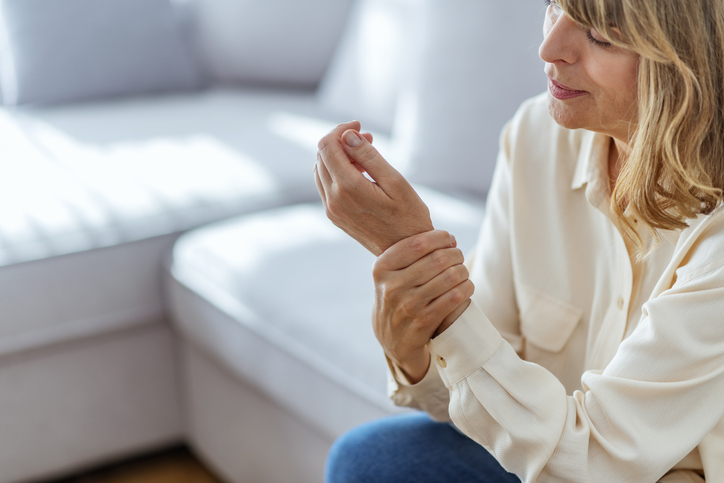 Joint Pain When Cold Weather Arrives in Connecticut